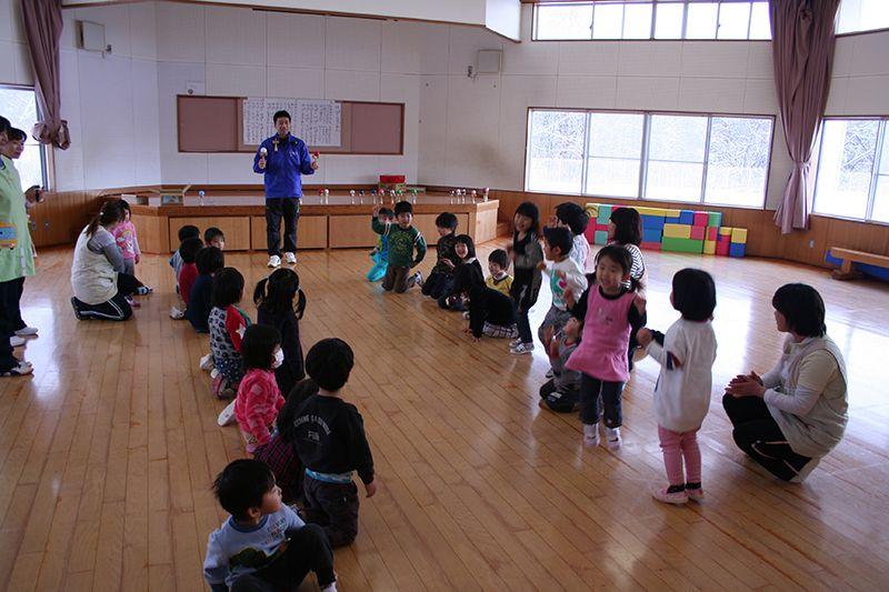 児童センターでけん玉教室を開催しました!