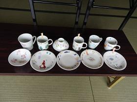 避難者支援・3月定期交流会 〜ポーセラーツでマイカップ・マイ茶碗・ケーキ皿作りをしました!〜:画像