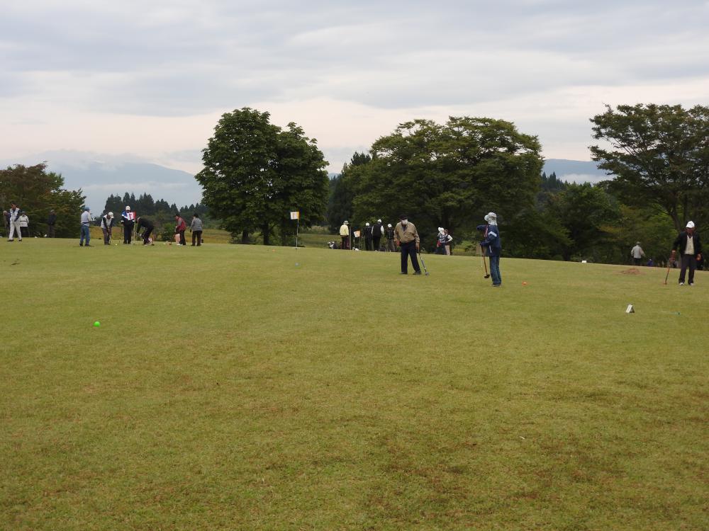 『第21回 高齢者グラウンドゴルフ大会』を開催しました:画像