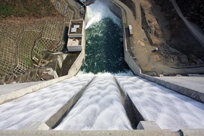 「【100年に1度の光景〜長井ダム最高水位到達!】」の画像