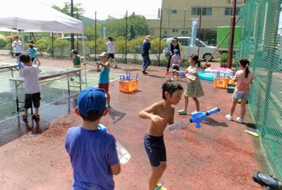 ☆やんちゃ放課後ひろば〜夏休み会で水あそびをしました/