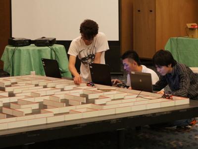 【明日、マイクロマウスキット大会開催!】