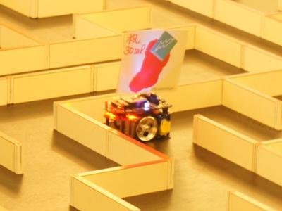 【第30回マイクロマウス東北地区大会、無事終了!】:画像