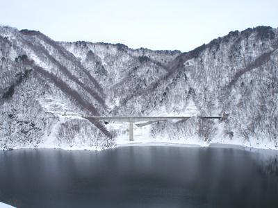 【冬の長井ダム】/