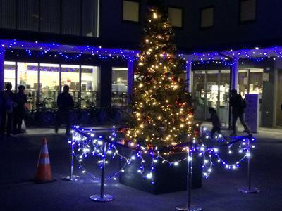[riverside ring Christmas lighting type] : Image