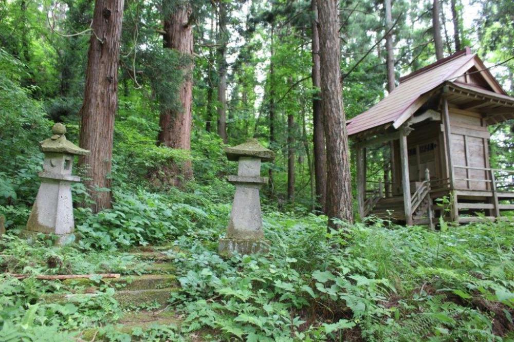 大洞の八幡神社