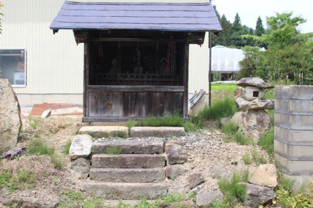 新田の日本廻国供養塔