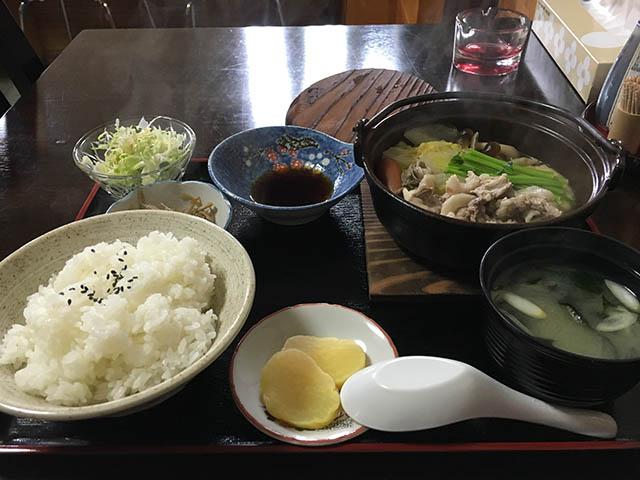 長井市《味代食堂》の日替わりランチ