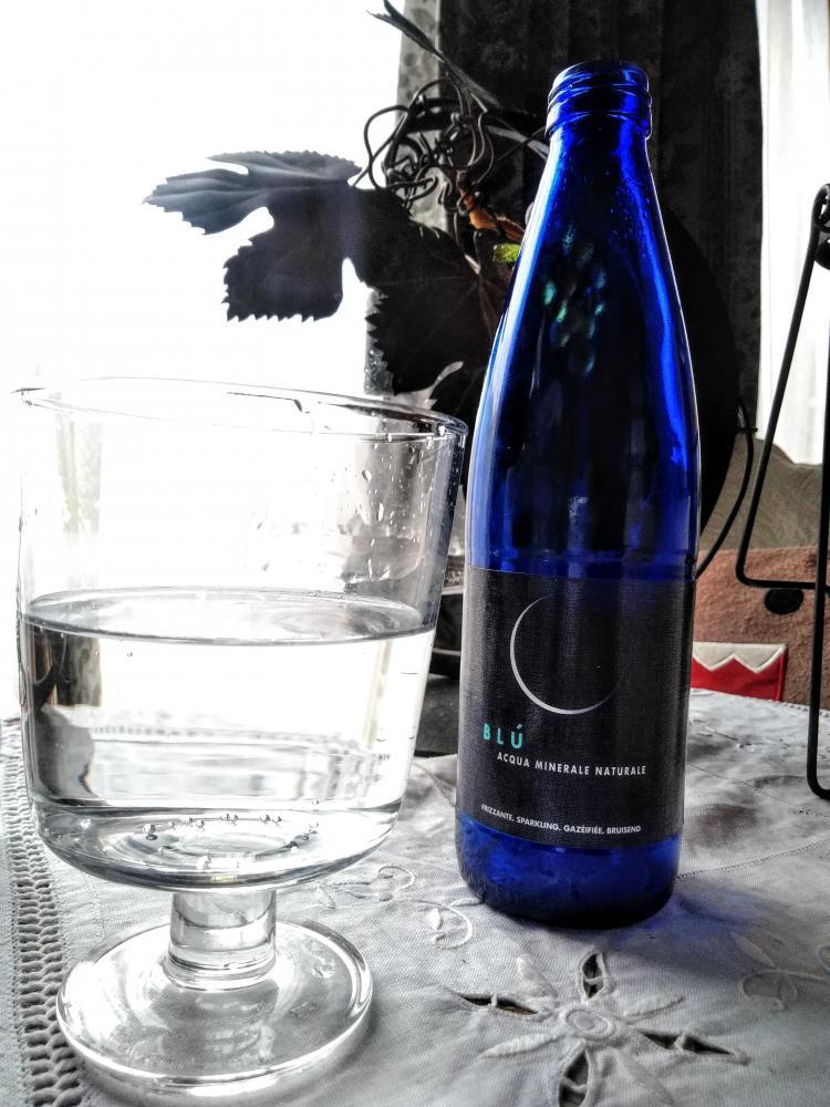 ブルーボトルのお水にであう。