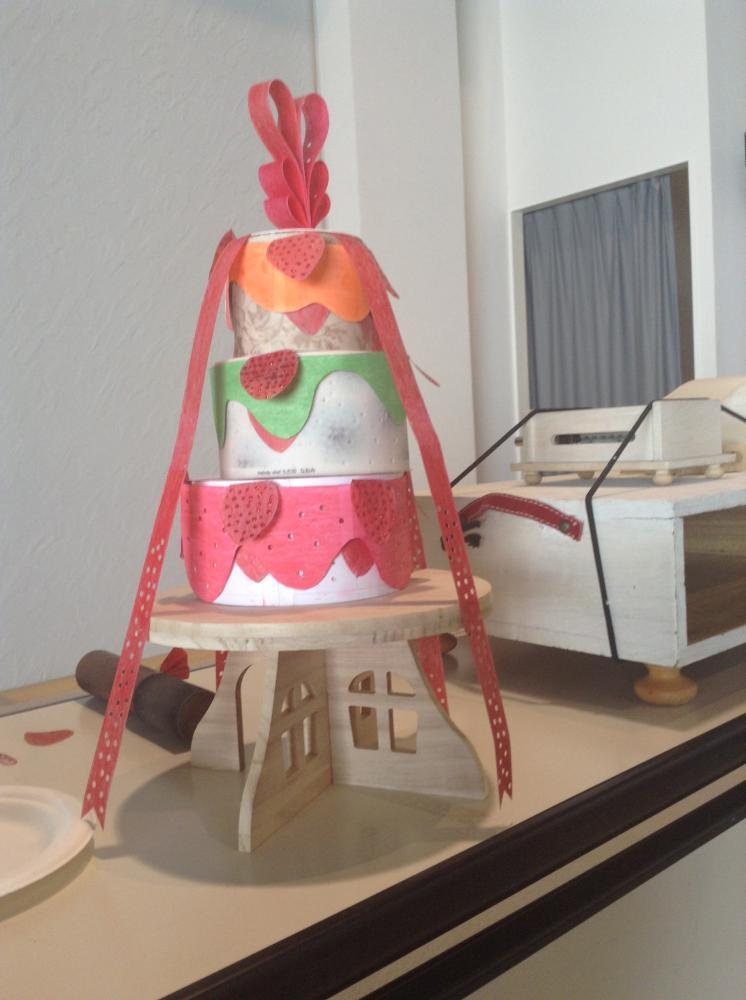 美味しいイチゴのデコレーションケーキ