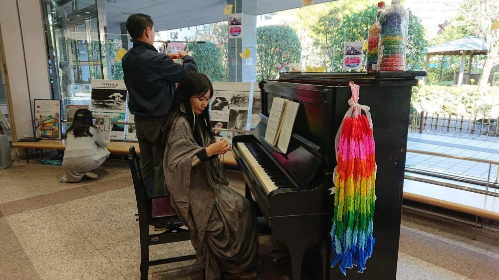 山形の被爆ピアノ実行委員長、菅野校長先生。