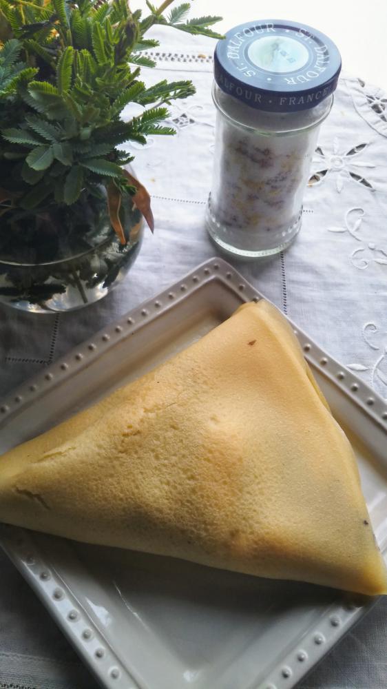 お昼のご馳走は~米粉のクレープ
