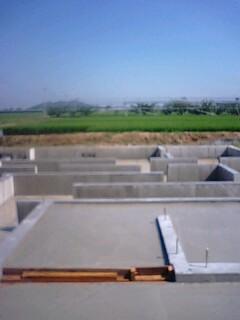 「基礎工事完了」の画像
