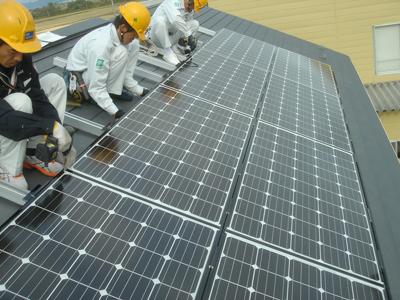 「充電できるって本当?」太陽光発電