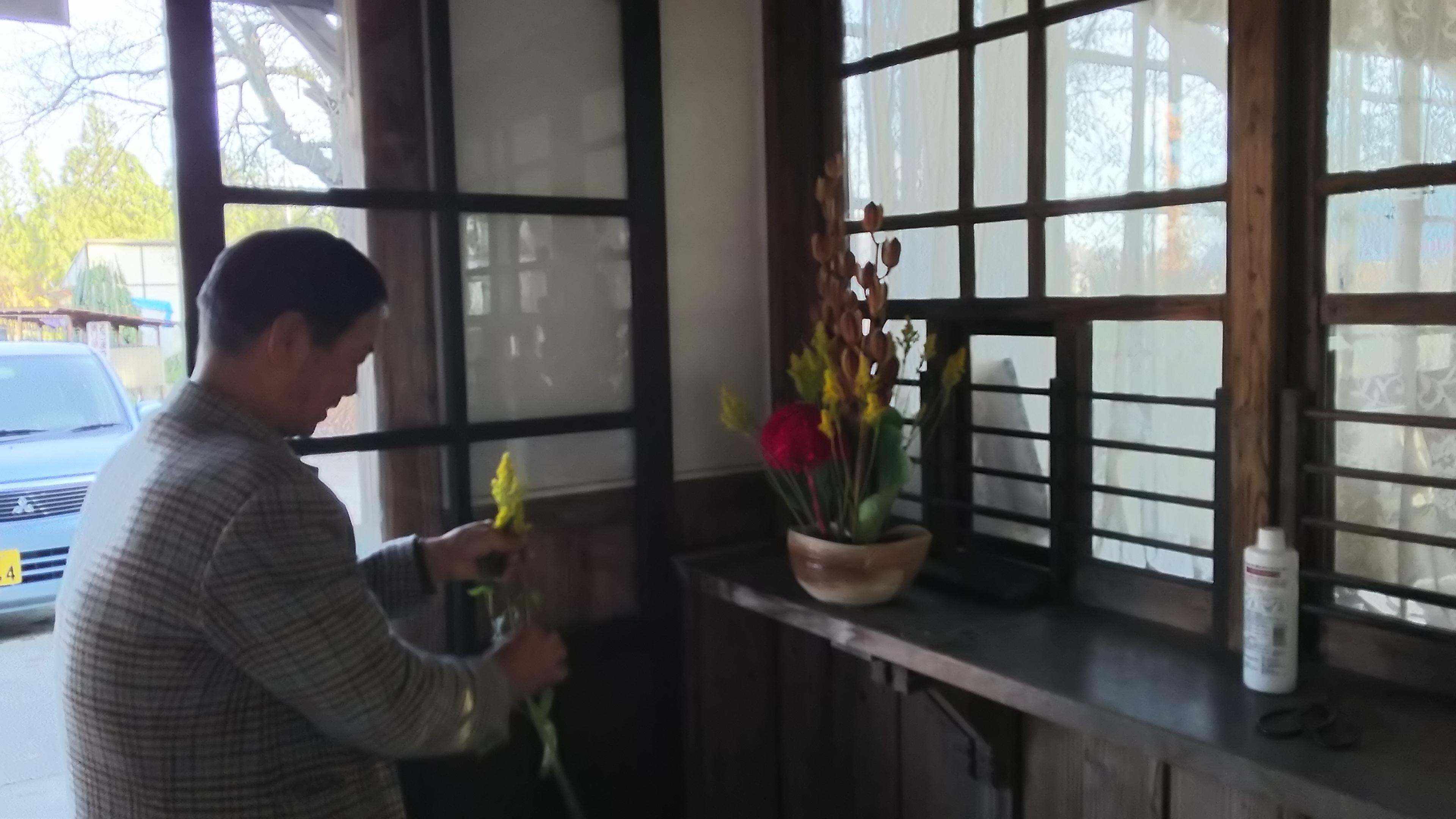 活け花のオジサン