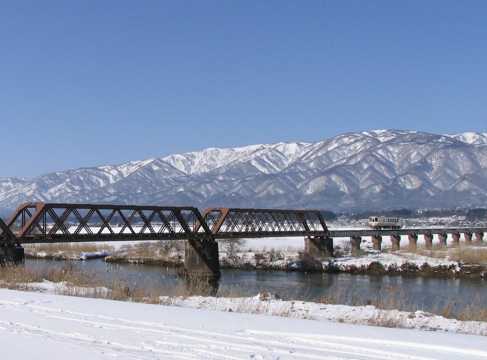 長井線リポート(7) 鉄橋をわたる時