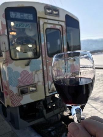 フラワー長井線ワイン列車:画像