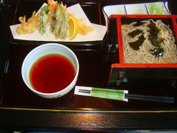 菊太郎 新富 ( 本店 )  の蕎麦