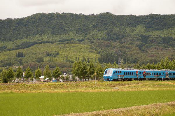 米沢散策トレイン(米坂線)