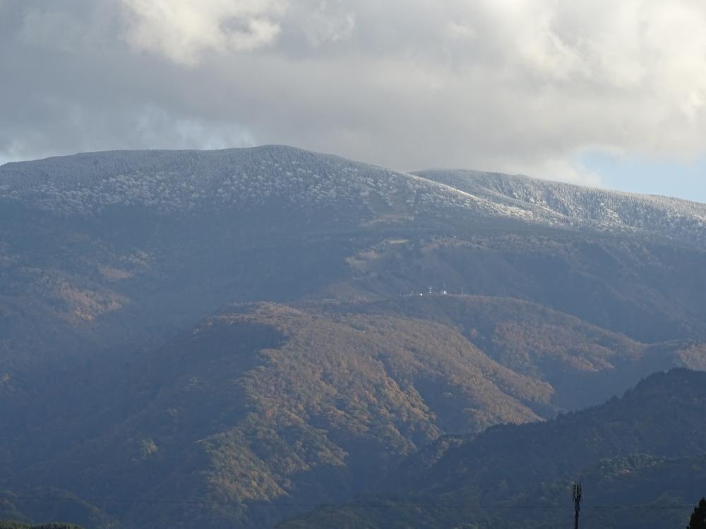昨年の初冠雪