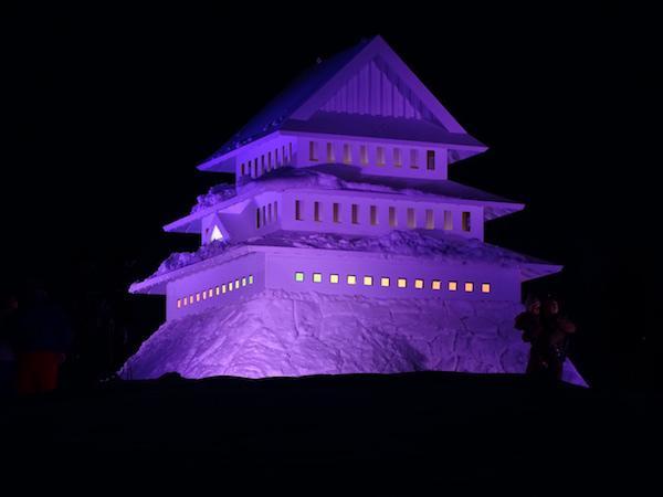 築山を利用した米沢城のシンボル「米沢城御三階」