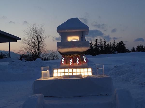 有機ELの雪灯篭