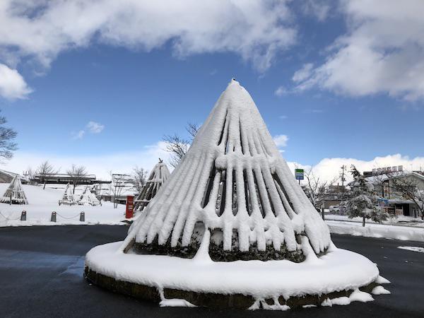 綺麗な雪囲い