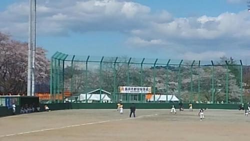 装いも新たに市営野球場落成す