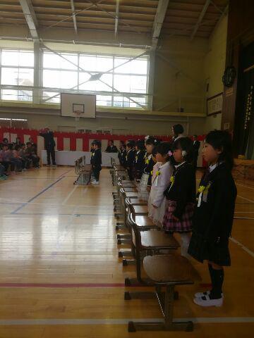 西根小学校入学式へ/