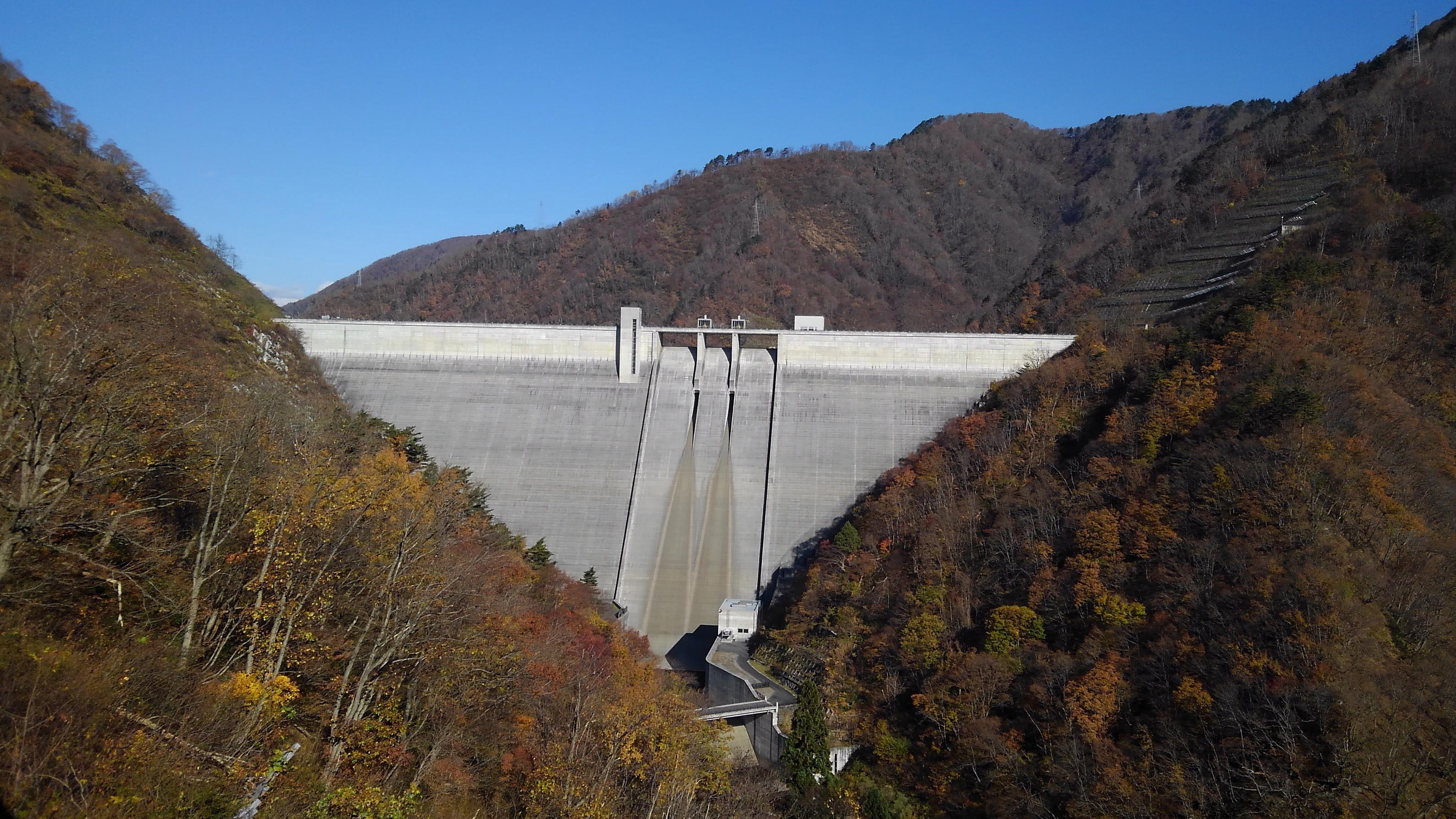 今日の長井ダム、11月下期の予定