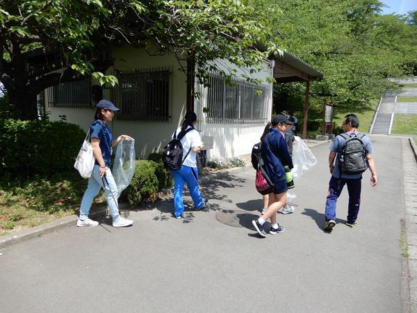 山形県青年の家体験講座①『舞鶴山でスポGOMI!』