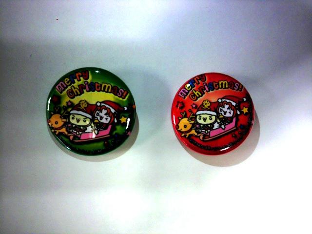 クリスマス限定缶バッチニャハハ(*^▽^*)