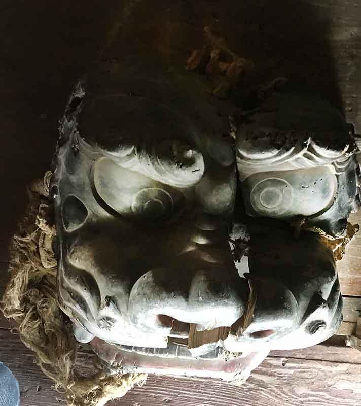 南陽市宮崎 観音堂の三獅子頭