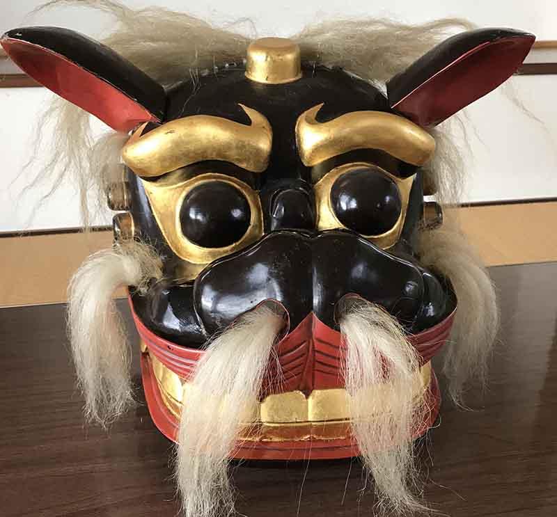 飯豊の高柳 宝龍神社の獅子