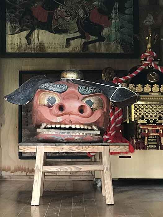 米沢簗沢八雲神社の巨大獅子頭