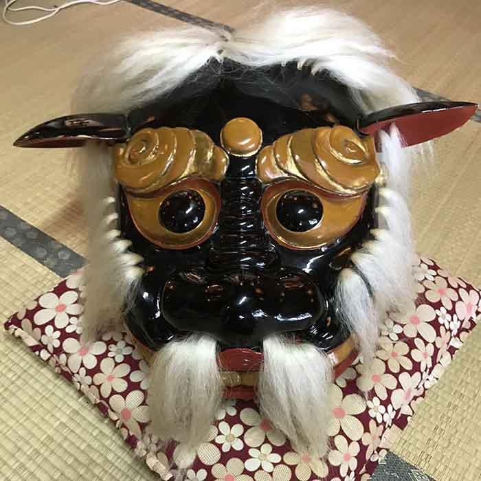 飯豊町萩生の諏訪神社の獅子頭