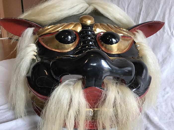 諏訪神社の獅子頭2