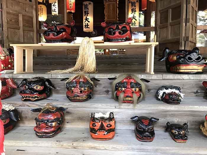 熊野大社の七夕獅子頭展示