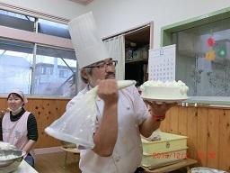 デコレーションケーキ作り