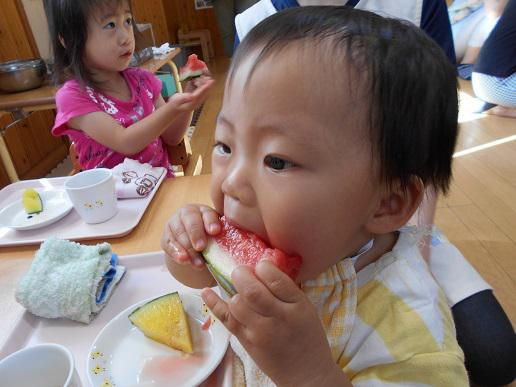 食べ比べ(メロン・すいか)