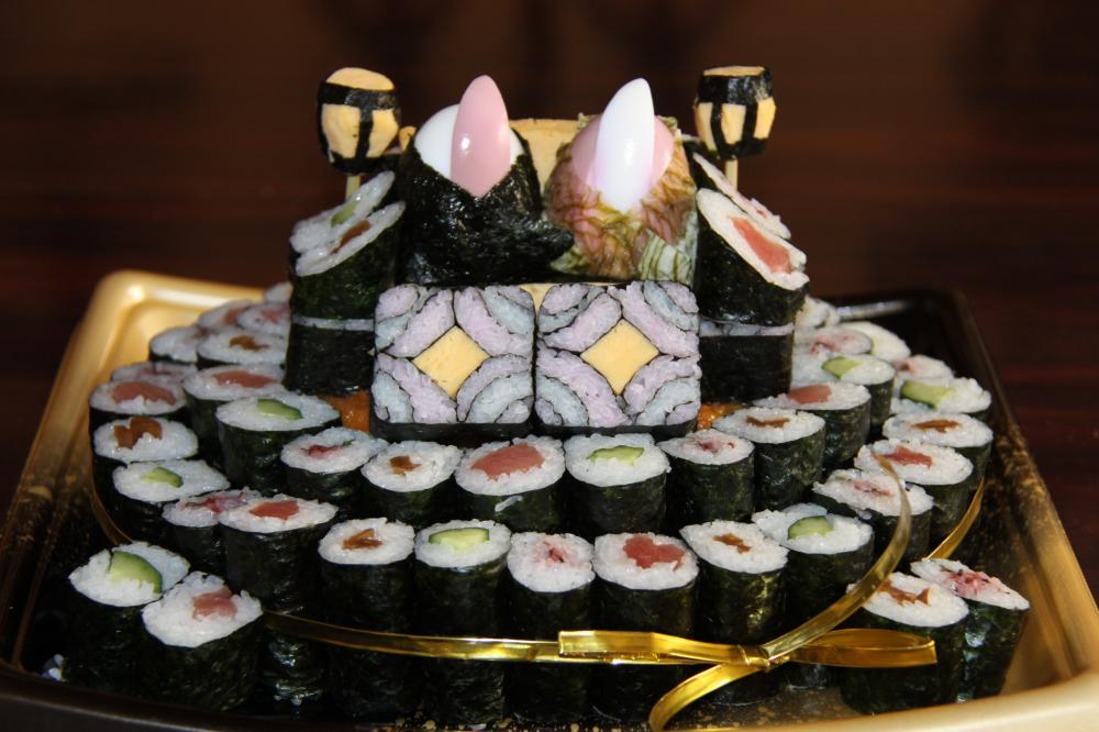 雛寿司ケーキはいかが?:画像