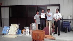 「2012.9.25 餅つきセット寄贈の報告」の画像