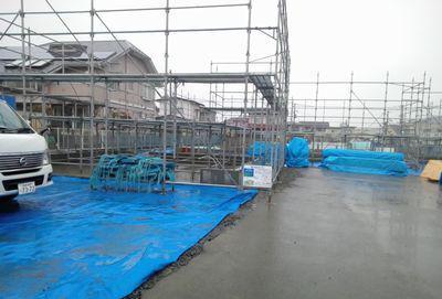 【福島市渡利・I邸/伊礼智設計室】 猛烈な雨風で作業延期と養生:画像