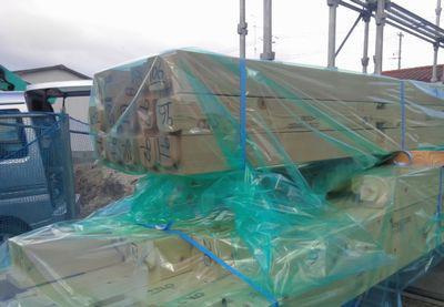 「郡山市台新・シンプルノートY邸」土台入れに向けての防蟻処理作業:画像
