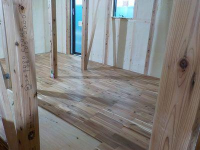 「郡山市台新・シンプルノートY邸」床張り:画像