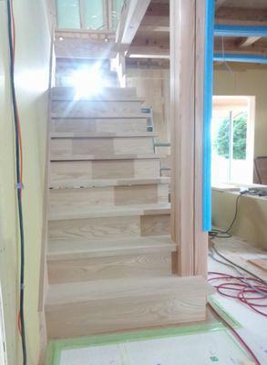 【郡山市田村町・ドミノS邸 】 階段が出来ました!:画像