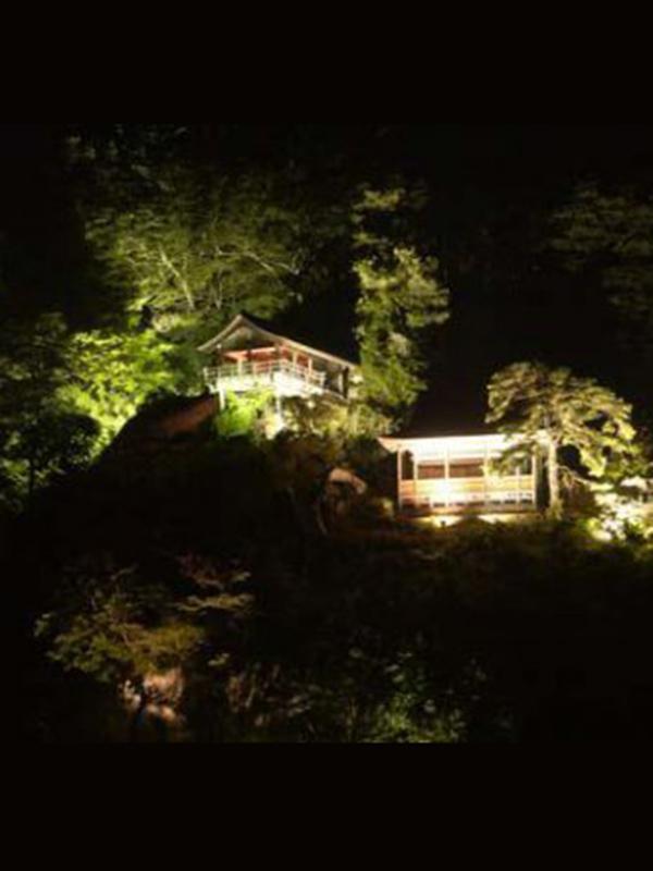 【8/19まで】夜の山寺ライトアップ見学バスツアー!:画像