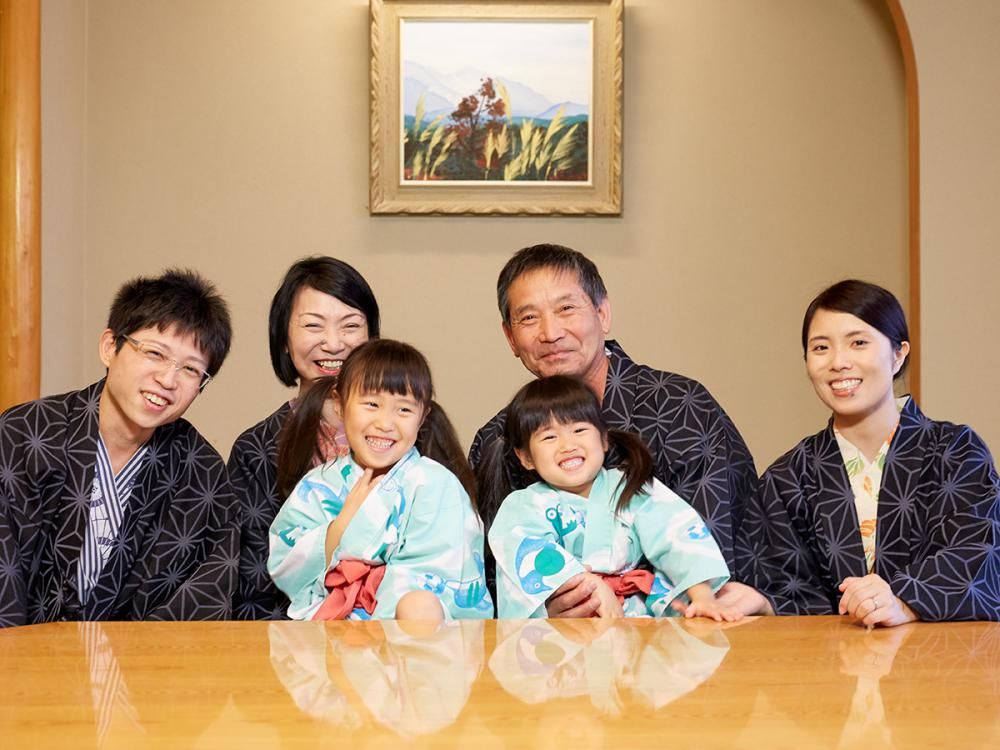"It is ""long-lived celebration"" plan in family, relatives♪"