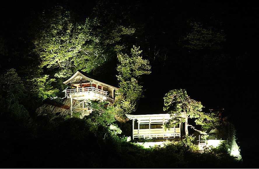 【7/28〜8/26】夏の山寺★ライトアップ500円ツアー!:画像
