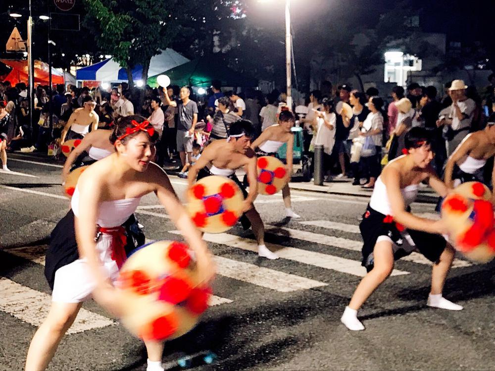 汗だくで夢中で踊った「花笠おどりパレード」:画像